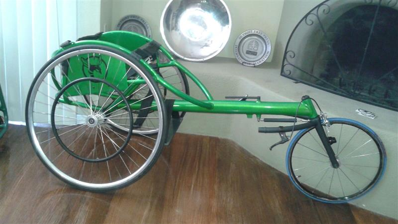 wheelchair racing green hornet 1